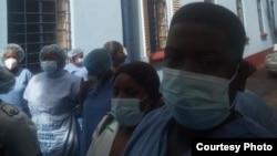 Bathi bafuna ukunikwa amaPPE kulandela ukubhubha komunye wabo. (Courtesy Image)