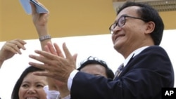 Sam Rainsy is currently in exile, facing a prison of 12 years on forgery, disinformation and incitement charges related to public claims he has made of Vietnamese border encroachment.