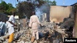 지난 9월 나이지라 베니세이크에서 보코하람의 공격으로 불탄 가옥들. 미국은 이들을 테러단체로 지정했다.