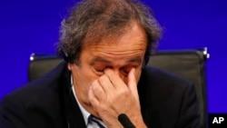 La UEFA dijo que no tiene previsto nombrar un presidente en lugar del suspendido Michel Platini.
