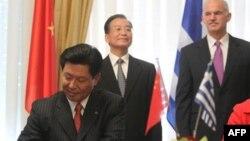 Kina ofron të mbështesë Greqinë për kapërcimin e problemeve ekonomike
