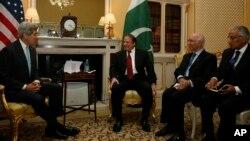 ایالات متحده بر اساس مصوبۀ کری - لوگر مبلغ ۲۵۰ میلیون دالر به پاکستان مساعدت می کند