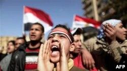 Єгиптяни на площі Тагрір у Каїрі