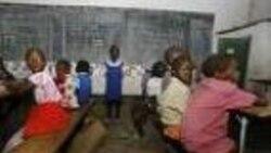 Governo angolano contrata professores, mas em número insuficiente - 2:39