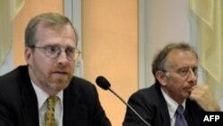 Девід Креймер представляє звіт Дому Свободи у Києві