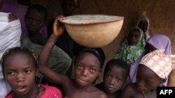 61% dân số Nigeria sống ở mức dưới 1 đôla/ngày