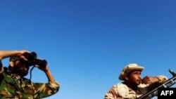 Լիբիայի ապստամբները մեղադրել են ՆԱՏՕ-ին թերանալու մեջ