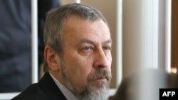 Андрей Санников. Фотография была сделана в зале суда в 2011 году.