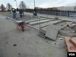 莫斯科的许多市政工人都是外来劳工。