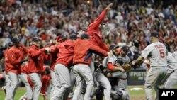 «Сент-Луис Кардиналс» победили в первом матче Мировой серии
