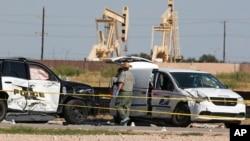 执法人员于在德克萨斯州敖德萨处理周六枪击案的犯罪现场。(2019年9月1日)