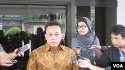 Menteri Koordinator bidang Politik Hukum dan Keamanan Djoko Suyanto di Jakarta, Selasa (15/4), menjelaskan Pihak keluarga korban pembunuhan oleh Satinah di Arab Saudi, sepakati uang diyat 7 juta riyal yang dibayarkan Pemerintah Indonesia, untuk menebus pe