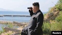 Pemimpin tertinggi Korea Utara Kim Jong-un (31 tahun), tidak terlihat di depan umum dalam lebih dari sebulan terakhir.