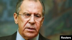Menteri Luar Negeri Rusia Sergei Lavrov dalam konferensi pers dengan Menteri Luar Negeri Arab Saudi (21/11).