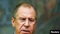 រដ្ឋមន្ត្រីការបរទេសរុស្ស៊ី Sergei Lavrov ធ្វើសេចក្តីថ្លែងការក្នុងសន្និសីទសារព័ត៌មានក្រោយពេលជួបប្រជុំជាមួយសមភាគី ព្រះអង្គម្ចាស់ Saud al-Faisal នៃប្រទេសអារ៉ាប់ប៊ីសាអ៊ូឌីត នៅទីក្រុងម៉ូស្គូ កាលពីថ្ងៃទី២១ ខែវិច្ឆិកា ឆ្នាំ២០១៤៕