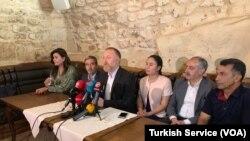 HDP Eşbaşkanı Sezai Temelli svil toplum temsilcileriyle biraraya geldi.