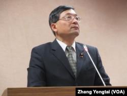 台湾在野党亲民党立委李桐豪 (美国之音张永泰拍摄)