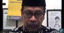 Iwan Hermawan, dari Forum Aksi Guru Indonesia (FAGI), menolak pembelajaran tatap muka. (Foto: VOA/Petrus Riski)