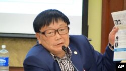 지난 해 11월 국제의원연맹에서 증언한 신숙자씨 남편 오길남 박사 (자료사진).
