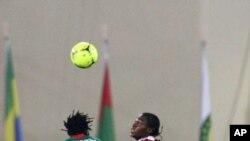 Angola 2 - 1 Burkina Faso, foi o resultado do jogo inaugural das Palacas Negras no Can 2012