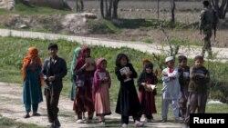 د یونیسف د نوي راپور له مخې اوس مهال په افغانستان کې ۳.۷ میلیونه ماشومان له ښوونځیو بهر دي.