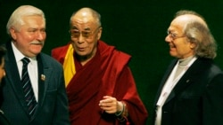 The Dalai Lama Remembers Lech Walesa in Poland