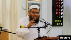 امام جماعت مسجدی که عمر متین به آن می رفت