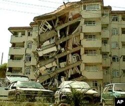 Turska živi u stalnoj opasnosti od katastrofalnog potresa