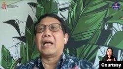 Menteri Desa dan Pembangunan Daerah Tertinggal dan Transmigrasi, Abdul Halim Iskandar dalam telekonferensi pers di Jakarta, Senin (8/2). (Foto:VOA)