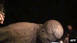 Ապամոնտաժվեց Ստալինի վերջին արձաններից մեկը
