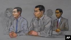 Азамат Тажаяков, Диас Кадырбаев и Роберт Филиппос в федеральном суде Бостона 13 мая 2014 г. Зарисовка. Архив