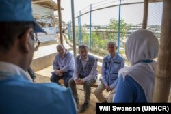 BM Göçmenlik Dairesi Direktörü (IOM) Antonio Vitorino, BM Mülteciler Yüksek Komiseri (UNHCR) Flippo Grandi ve BM Acil Yardım Koordinatörü Mark Lowcock, Bangladeş'e yaptıkları ziyarette Arakanlı Müslümanların bulunduğu kampları ziyaret etti