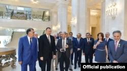 Prezident İlham Əliyev Mətbuat Şurasının İdarə Heyətinin üzvləri ilə görüşüb