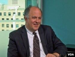 Direktur Freedom House, Michael J. Abramowitz. (Foto: dok).