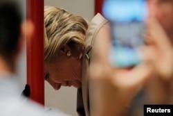 Hillary Clinton vote le 8 novembre 2016 dans l'Etat de New York.