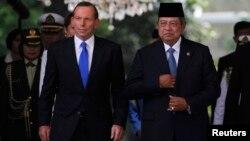 ၾသစေၾတးလ် ၀န္ႀကီးခ်ဳပ္ Tony Abbott နဲ႔ အင္ဒိုနီးရွားသမၼတ Susilo Bambang Yudhoyono.