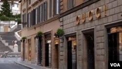 Personal de la popular tienda italiana aseguró que ya abrió una investigación para confirmar los abusos.