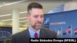 James Mackey, šef Kancelarije za euro-atlansko i globalno partnerstvo pri NATO