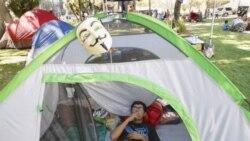 تظاهرات ، «اشغال لس آنجلس» و همراهی رژه هنری موزه «جان پل گتی »