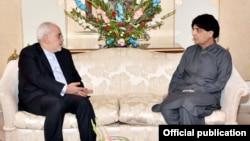 巴基斯坦內政部長阿里汗(右)與伊朗外長資料照。