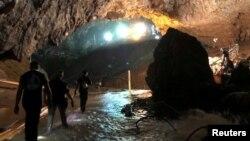 Entrada da gruta Chiang Rai