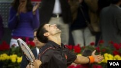 Novak Djokovic, el mejor jugador del mundo de tenis en la actualidad, sigue con su racha ganadora.