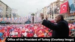 Cumhurbaşkanı Erdoğan Kahramanmaraş mitinginde (23 Şubat, 2019)
