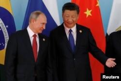 中国国家主席习近平和俄罗斯总统普京在厦门金砖国家峰会上(2017年9月5日)