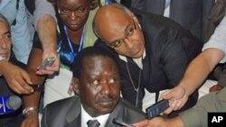 Kenyan Prime minister Raila Odinga briefs the media in Addis Ababa, Ethiopia, Jan. 28, 2011, ahead of the AU summit on the situation in the Ivory Coast