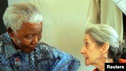 Nadine Gordimer était une grande amie de Nelson Mandela