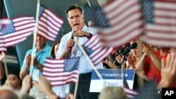 Capres Mitt Romney melakukan kampanye di Virginia Beach, negara bagian Virginia (8/9).