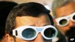 احمدی نژاد: ایران کشور ذروی میباشد