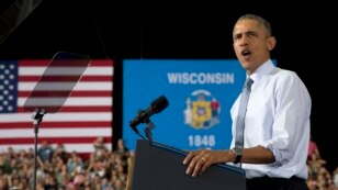 President Barack Obama speaks at the University of Wisconsin at La Crosse, in La Crosse, Wis., July 2, 2015, about the economy and to promote a proposed Labor Department rule that would make more workers eligible for overtime.