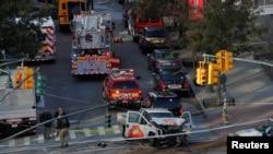 امبولانس ها در منطقۀ منهتن در محل رویداد نیویارک